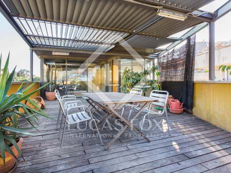 Designer triplex for sale in Vallcarca, bordering Parc Guell