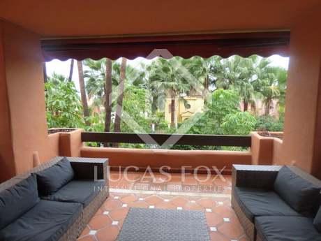 150m² Wohnung mit 42m² terrasse zum Verkauf in Nueva Andalucía
