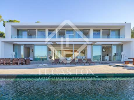 Luxury 7-bedroom property for sale close to Ibiza Town
