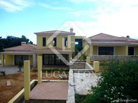 4-bedroom villa for sale in Carvoeiro, Algarve