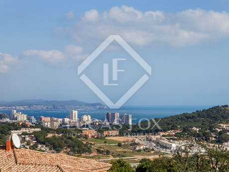 240m² Haus / Villa zum Verkauf in Sant Feliu de Guíxols - Punta Brava