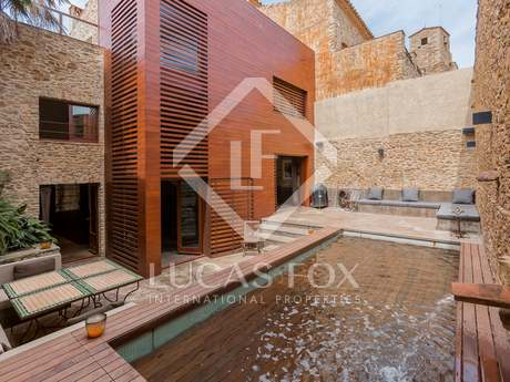 4-bedroom stone house for sale in Sant Feliu de Boada