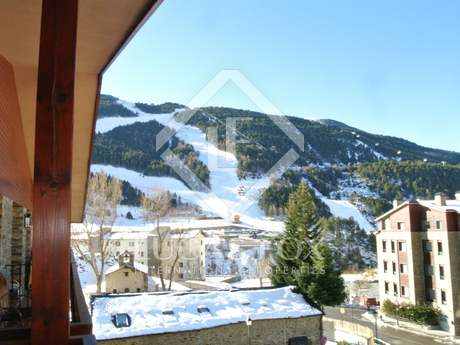 Traditional Andorra-style penthouse with terrace for sale