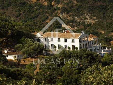 Country estate for sale in Casares, Málaga, Andalucia