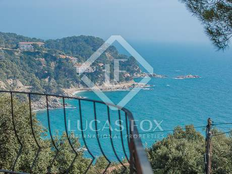 Villa mediterránea en venta cerca de Tossa de Mar