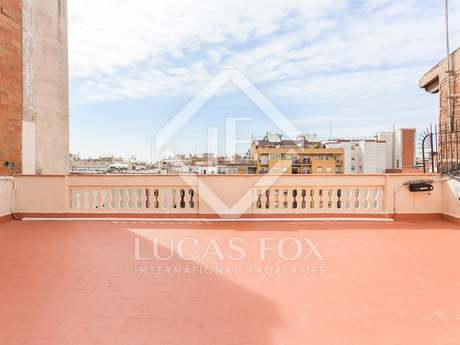 New penthouse with a terrace for sale on Carrer Muntaner