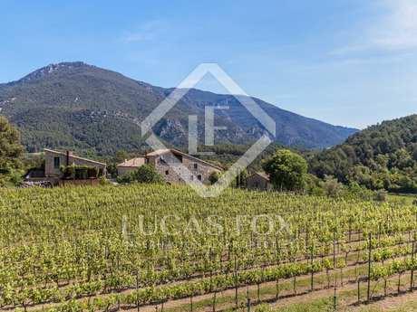 Huis / Villa van 1,540m² te koop met 158m² terras in La Garrotxa