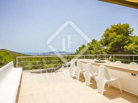 1-bedroom property with terraces for sale in Can Furnet.