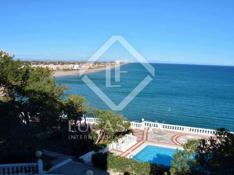 Majestic villa for sale in Cullera, Valencia Coast
