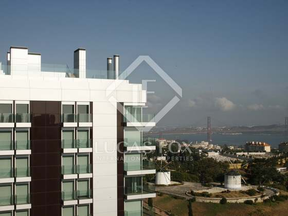 Luxury apartment for sale in Lisbon with sea views. : 3