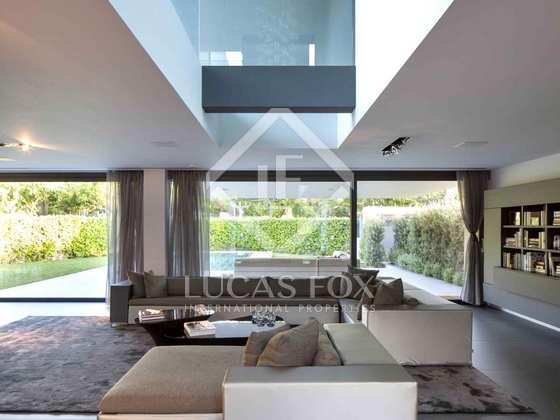 Casa de de 5 dormitorios en alquiler en sant cugat cerca for Casa minimalista barcelona alquiler