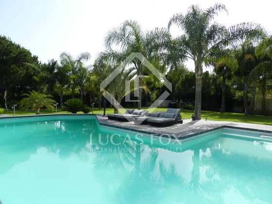 Swimming Pool - 5 bed luxury villa Hacienda las Chapas, Marbella : 2