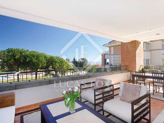 Terrace - 3 Bed Apartment for sale, La Trinidad, Golden Mile, Marbella : 2