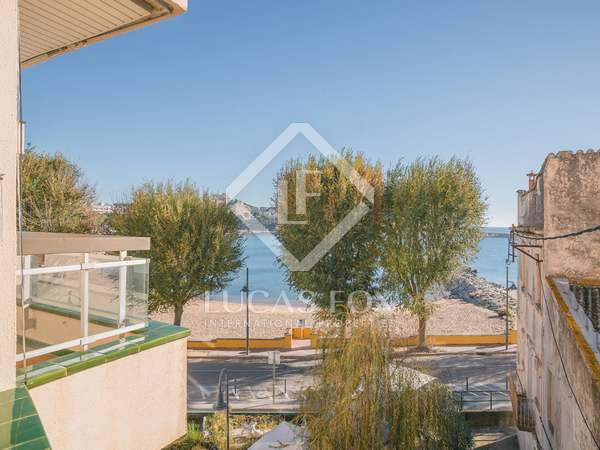 Seafront apartment for sale in Sant Feliu de Guixols