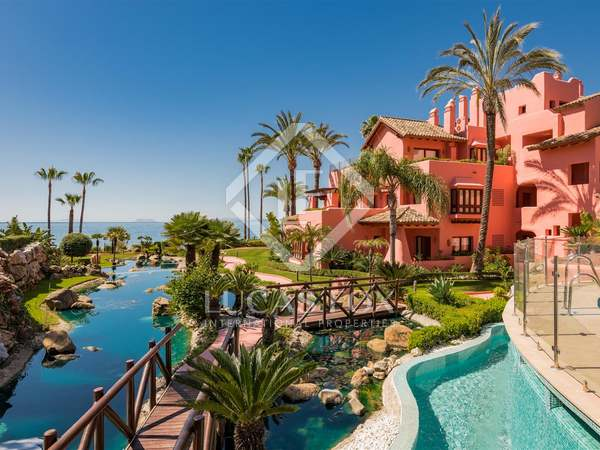 130m² Apartment with 41m² terrace for sale in Estepona