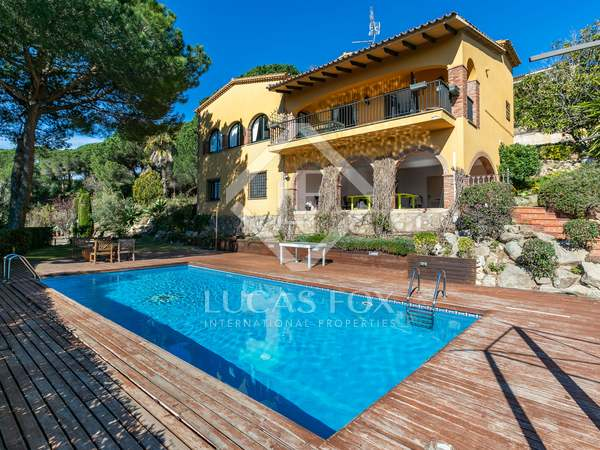 399m² House / Villa for sale in Cabrils, Barcelona