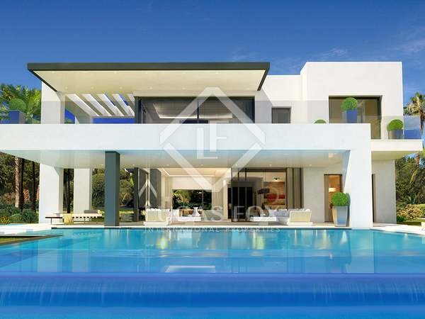 Superb 4-bedroom villa for sale on Mabella's Golden Mile