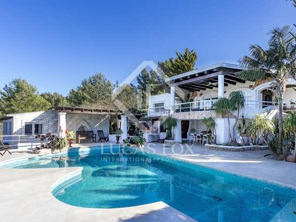 330m² House / Villa for sale in San José, Ibiza