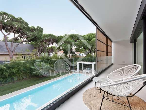 763m² House / Villa for sale in La Pineda, Barcelona
