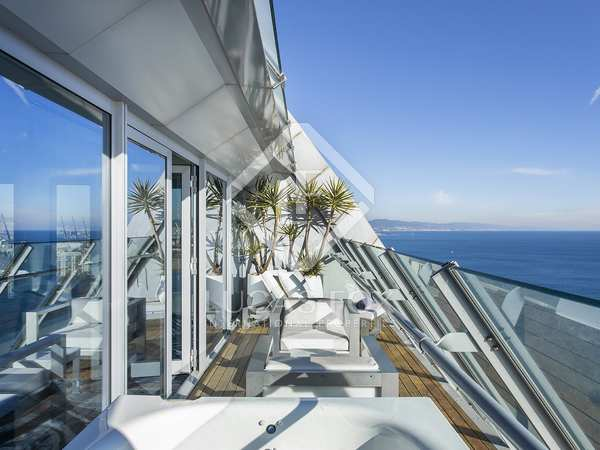 80m² Apartment with 25m² terrace for rent in Barceloneta