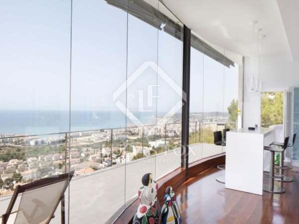 Casa / Villa di 465m² in vendita a Levantina, Sitges
