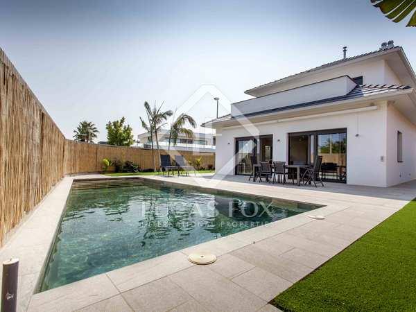 Huis / Villa van 290m² te huur in Godella / Rocafort