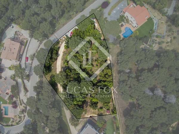 2,297 m² plot for sale in Alella, Maresme