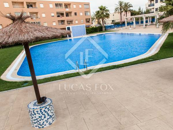 Apartment for sale on the beach next to Valencia City