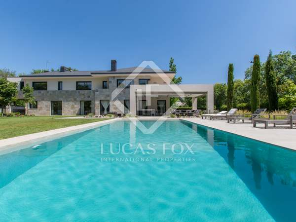 879m² House / Villa for sale in Pozuelo, Madrid