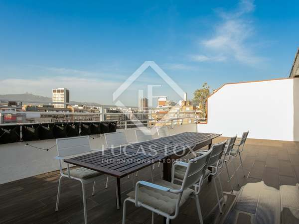 81m² Penthouse with 41m² terrace for sale in Eixample Left