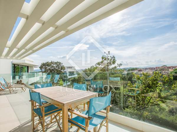 107m² apartment with 24 m² terrace for sale in Girona