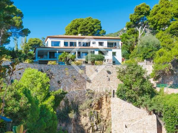 692m² Haus / Villa zum Verkauf in Aiguablava, Costa Brava