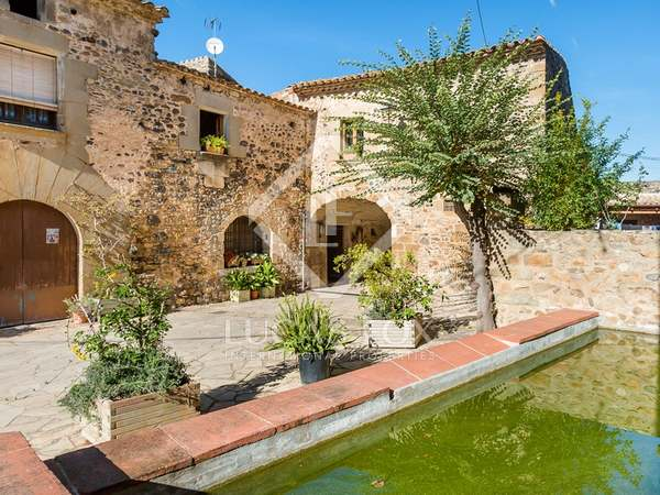 Unique property for sale in Púbol near the Gala Dali Castle