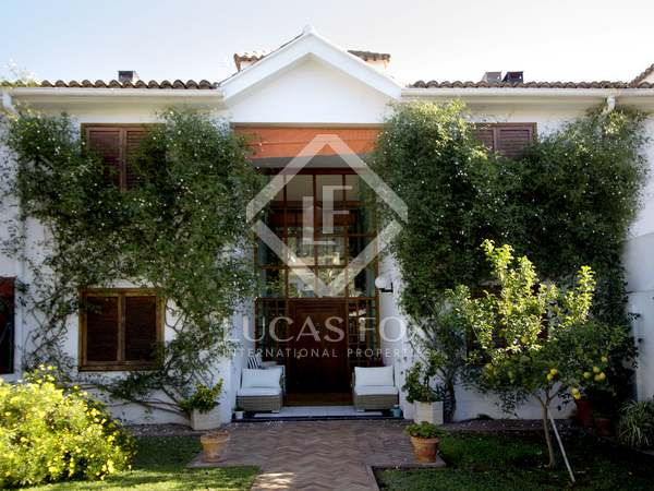 223m² House / Villa for sale in El Puig / Puebla Farnals
