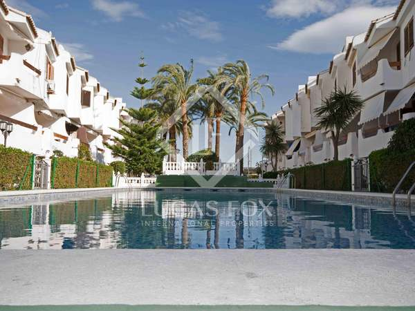 Front line house for sale in La Puebla Farnals, Valencia Coast