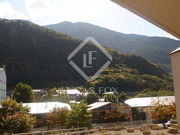 Excellent 3-bedroom apartment to buy in Andorra la Vella