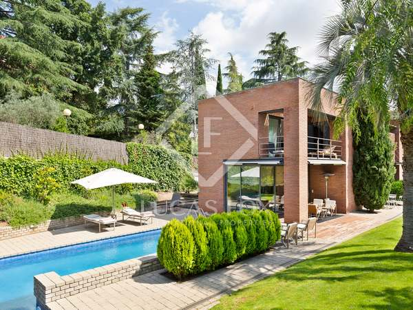 551m² House / Villa for rent in Sant Cugat, Barcelona