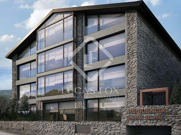 235m² Apartment with 30m² terrace for sale in Grandvalira Ski area
