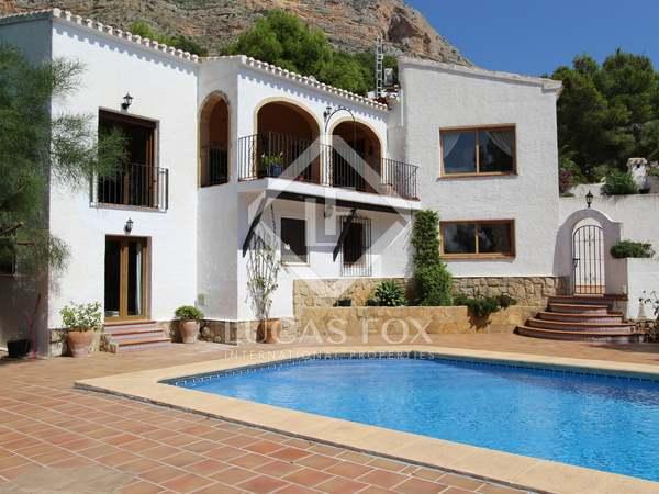 297m² House / Villa for sale in Jávea, Costa Blanca