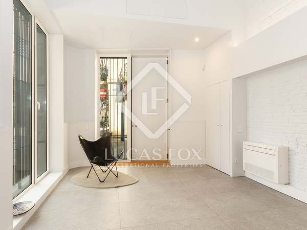 95 m² apartment for sale in Sants, Barcelona