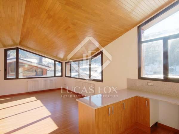127 m² apartment for sale in Grandvalira Ski area, Andorra