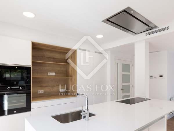 Huis / Villa van 246m² te koop in La Pineda, Barcelona