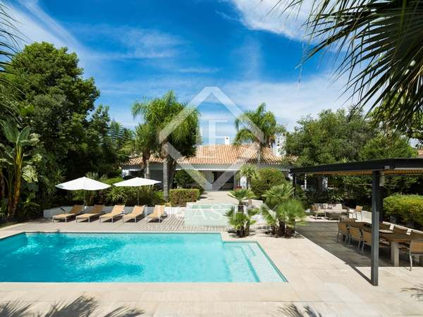 Lovely golf villa for sale in Los Naranjos, Marbella
