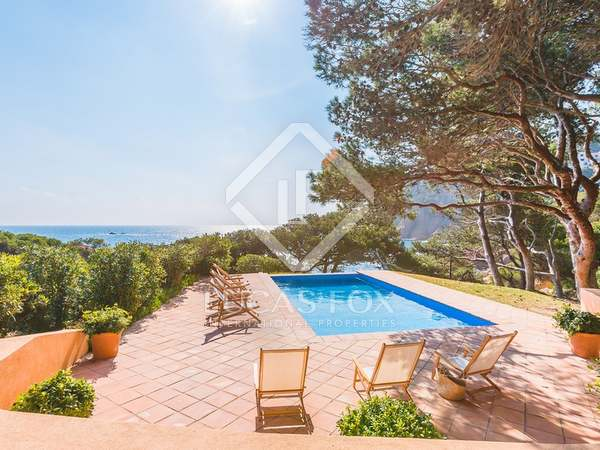 Luxury first line Costa Brava house to rent