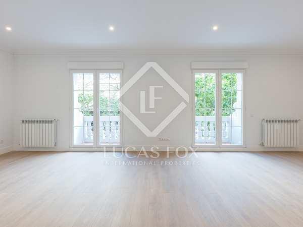 185 m² apartment for sale in Castellana, Madrid