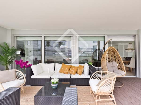 240m² Apartment with 121m² garden for sale in Sant Cugat
