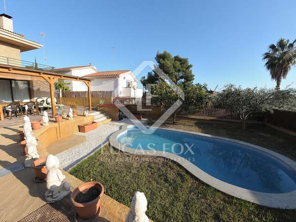 121m² house for sale in Castelldefels, Barcelona