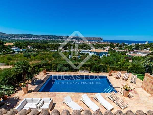 Huis / Villa van 435m² te koop in Jávea, Costa Blanca