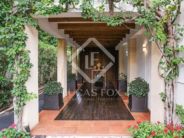 Huis / Villa van 558m² te koop in Jávea, Costa Blanca
