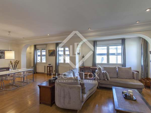 164m² Apartment with 19m² terrace for rent in Gran Vía